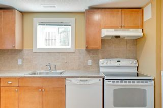 Photo 15: 3118 39 Street SW in Calgary: Glenbrook Detached for sale : MLS®# A1105435