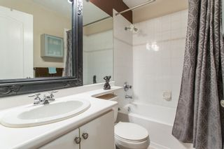 """Photo 12: 605 1177 HORNBY Street in Vancouver: Downtown VW Condo for sale in """"London Place"""" (Vancouver West)  : MLS®# R2304699"""