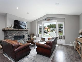 Photo 5: 932 Pritchard Creek Pl in Langford: La Olympic View House for sale : MLS®# 840191
