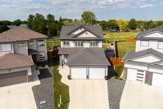 Photo 3: 36 Kelly Place in Winnipeg: House for sale : MLS®# 202116253