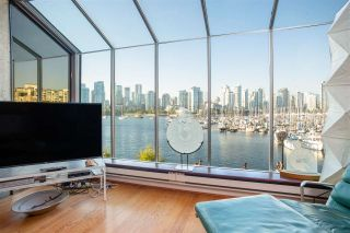 Photo 1: 694 MILLBANK in Vancouver: False Creek Townhouse for sale (Vancouver West)  : MLS®# R2496672