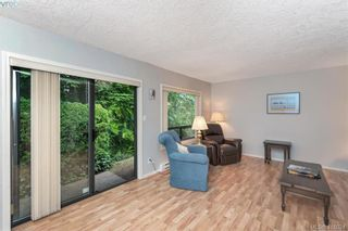 Photo 6: 13 639 Kildew Rd in VICTORIA: Co Hatley Park Row/Townhouse for sale (Colwood)  : MLS®# 825262