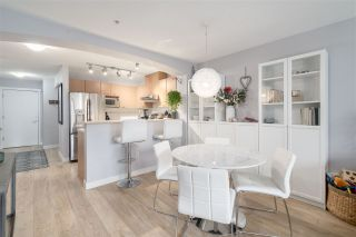 """Photo 5: 405 2958 SILVER SPRINGS Boulevard in Coquitlam: Westwood Plateau Condo for sale in """"TAMARISK"""" : MLS®# R2442052"""