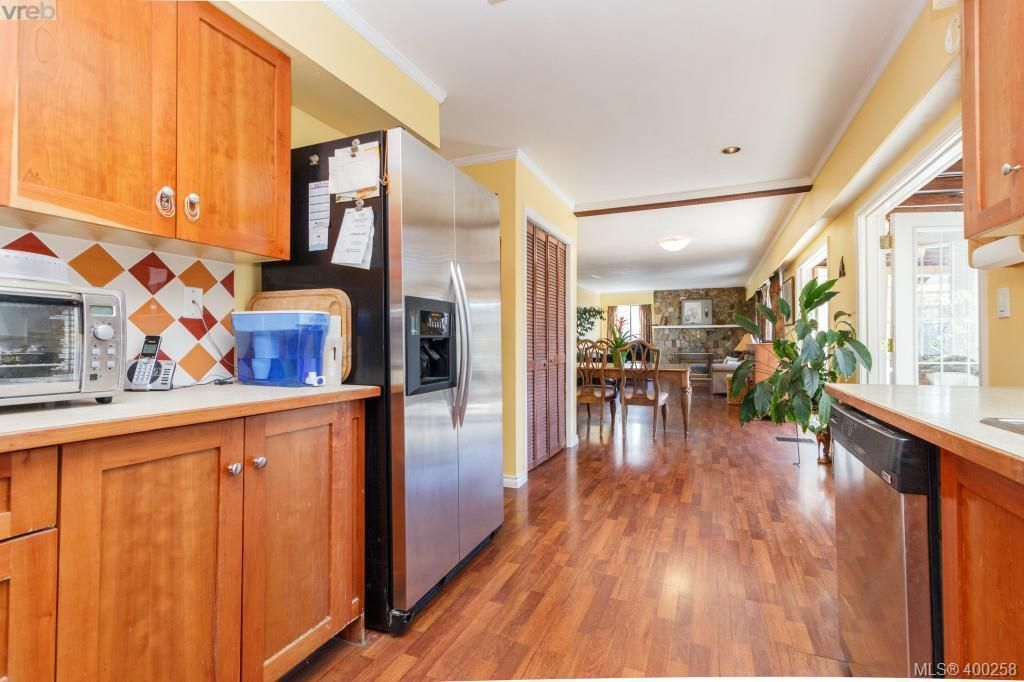 Photo 8: Photos: 7212 Kimpata Way in BRENTWOOD BAY: CS Brentwood Bay House for sale (Central Saanich)  : MLS®# 798584