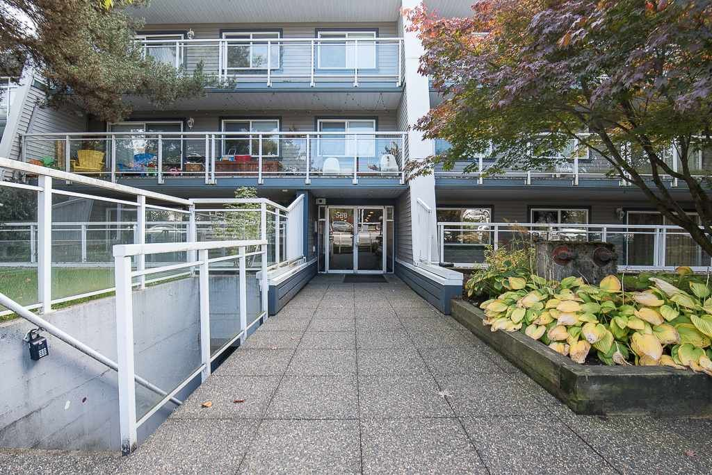 Main Photo: 105 550 ROYAL Avenue in New Westminster: Downtown NW Condo for sale : MLS®# R2314113