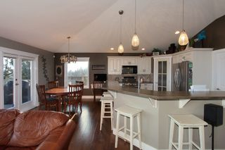 Photo 2: 2383 Silver Place in KELOWNA: Dilworth Mountain Agriculture for sale (Kelowna, B.C.)