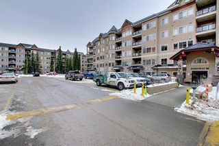 Photo 2: 136 10 Discovery Ridge Close SW in Calgary: Discovery Ridge Apartment for sale : MLS®# A1057299