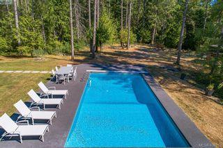Photo 4: 3220 Eagles Lake Rd in VICTORIA: Hi Eastern Highlands House for sale (Highlands)  : MLS®# 812574