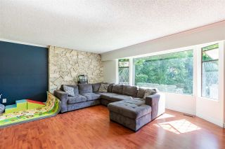 Photo 6: 8937 EDINBURGH Drive in Surrey: Queen Mary Park Surrey House for sale : MLS®# R2485380