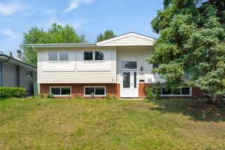 Main Photo: 4820 49 Avenue NW in Calgary: Varsity Detached for sale : MLS®# A1135674
