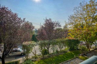"""Photo 21: 406 34101 OLD YALE Road in Abbotsford: Central Abbotsford Condo for sale in """"Yale Terrace"""" : MLS®# R2505072"""