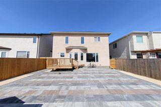 Photo 2: 234 Mosselle Drive in Winnipeg: Amber Trails Residential for sale (4F)  : MLS®# 202108728