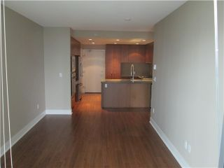 Photo 4: # 1501 3008 GLEN DR in Coquitlam: North Coquitlam Condo for sale : MLS®# V1108376