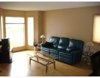 Photo 3: 12 ALDERBROOK Road in WINNIPEG: St Vital Residential for sale (South East Winnipeg)  : MLS®# 2814470