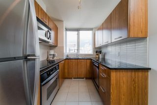 Photo 6: 1704 1155 SEYMOUR STREET in Vancouver: Downtown VW Condo for sale (Vancouver West)  : MLS®# R2508018