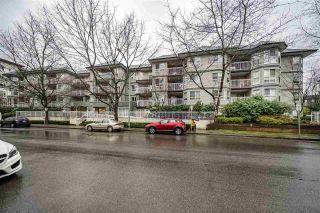 "Photo 1: 405 2439 WILSON Avenue in Port Coquitlam: Central Pt Coquitlam Condo for sale in ""AVEBURY POINT"" : MLS®# R2338060"