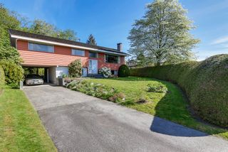 Photo 1: 6905 HYCREST DRIVE in Burnaby: Montecito House for sale (Burnaby North)  : MLS®# R2058508