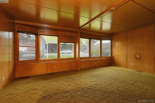 Photo 3: 166 Belmont Rd in VICTORIA: Co Colwood Corners House for sale (Colwood)  : MLS®# 827525