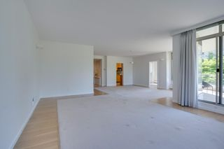 """Photo 9: 202 5850 BALSAM Street in Vancouver: Kerrisdale Condo for sale in """"THE CLARIDGE"""" (Vancouver West)  : MLS®# R2603939"""