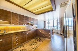 """Photo 12: 1901 738 BROUGHTON Street in Vancouver: West End VW Condo for sale in """"Alberni Place"""" (Vancouver West)  : MLS®# R2396844"""