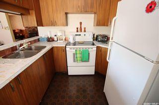 Photo 3: 481 Meighen Crescent in Saskatoon: Confederation Park Residential for sale : MLS®# SK860893