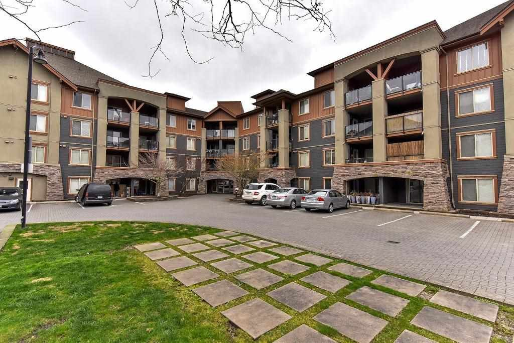 """Main Photo: 3416 240 SHERBROOKE Street in New Westminster: Sapperton Condo for sale in """"COPPERSTONE"""" : MLS®# R2152865"""
