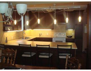 Photo 2: 225 YALE Avenue West in WINNIPEG: Transcona Residential for sale (North East Winnipeg)  : MLS®# 2913394