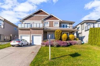 Photo 1: 33769 GREWALL Crescent in Mission: Mission BC House for sale : MLS®# R2576867