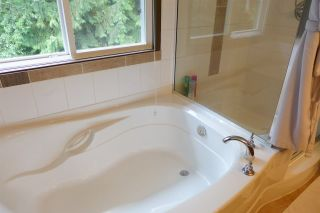 """Photo 10: 72 1701 PARKWAY Boulevard in Coquitlam: Westwood Plateau House for sale in """"Tango"""" : MLS®# R2380225"""