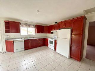 Photo 3: 1010 11 Avenue: Wainwright House for sale (MD of Wainwright)  : MLS®# A1133244