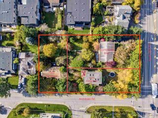 """Photo 10: 14376 NORTH BLUFF Road: White Rock House for sale in """"WEST WHITE ROCK"""" (South Surrey White Rock)  : MLS®# R2513653"""
