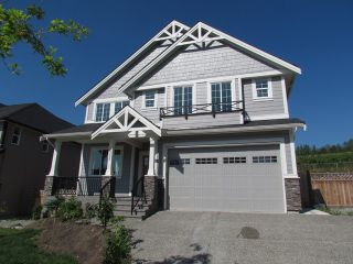 "Photo 1: 2305 CHARDONNAY Lane in Abbotsford: Aberdeen House for sale in ""Pepinbrook Estates"" : MLS®# F1440169"
