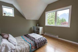 """Photo 9: 1006 PITLOCHRY Way in Squamish: Garibaldi Highlands House for sale in """"Garibaldi Highlands"""" : MLS®# R2075578"""