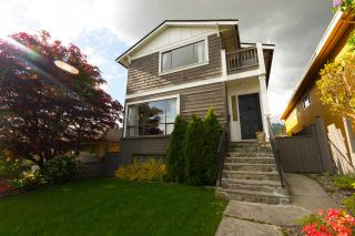 Photo 3: 336 W 27TH Street in North Vancouver: Upper Lonsdale House for sale : MLS®# R2267811