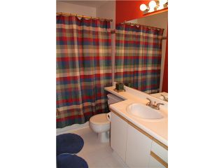 """Photo 7: 3918 INDIAN RIVER DR in North Vancouver: Indian River Condo for sale in """"HIGHGATE TERRACE"""" : MLS®# V880705"""