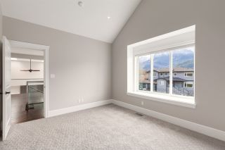 """Photo 19: 1020 STARVIEW Place in Squamish: Tantalus House for sale in """"TANTALUS"""" : MLS®# R2536297"""