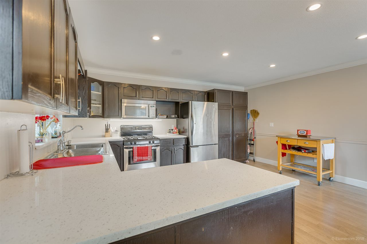 Photo 12: Photos: 19286 PARK Road in Pitt Meadows: Mid Meadows House for sale : MLS®# R2510376
