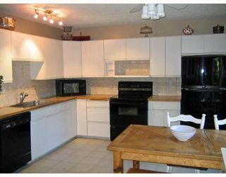 Photo 2: 35 STRATHCLAIR Rise SW in CALGARY: Strathcona Park Residential Detached Single Family for sale (Calgary)  : MLS®# C3409003