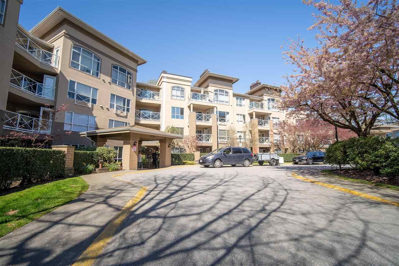 Main Photo: 215 2559 PARKVIEW Lane in Port Coquitlam: Central Pt Coquitlam Condo for sale : MLS®# R2581586