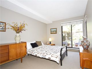 """Photo 11: 852 GREENCHAIN in Vancouver: False Creek Townhouse for sale in """"HEATHER POINT"""" (Vancouver West)  : MLS®# V1019589"""