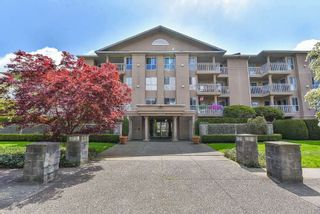 """Main Photo: 210 13733 74 Avenue in Surrey: East Newton Condo for sale in """"KINGS COURT"""" : MLS®# R2555646"""