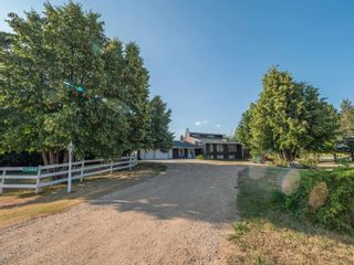 Photo 3: 23112 OLD FORT Trail: Rural Sturgeon County House for sale : MLS®# E4262230
