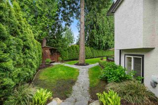 """Photo 38: 10486 SUMAC Place in Surrey: Fraser Heights House for sale in """"Glenwood Estates"""" (North Surrey)  : MLS®# R2579473"""