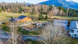 Photo 4: 46840 THORNTON Road in Chilliwack: Promontory House for sale (Sardis) : MLS®# R2592052