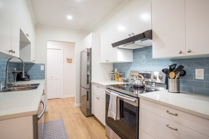 """Main Photo: 104 4363 HALIFAX Street in Burnaby: Brentwood Park Condo for sale in """"Brent Gardens"""" (Burnaby North)  : MLS®# R2527530"""