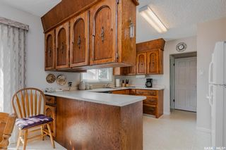 Photo 5: 321 Vancouver Avenue North in Saskatoon: Mount Royal SA Residential for sale : MLS®# SK867389