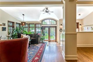 Photo 5: 527 Sunderland Avenue SW in Calgary: Scarboro Detached for sale : MLS®# A1061411