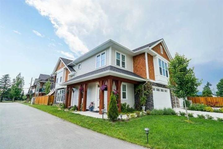 """Main Photo: 20 10082 WILLIAMS Road in Chilliwack: Fairfield Island House for sale in """"Gwynne Vaughan Park Estates"""" : MLS®# R2591296"""