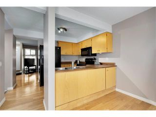 Photo 9: 24 WOODHILL Road SW in Calgary: Woodlands House for sale : MLS®# C4109351
