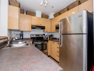 """Photo 6: 8 3477 COMMERCIAL Street in Vancouver: Victoria VE Townhouse for sale in """"La Villa"""" (Vancouver East)  : MLS®# R2552698"""
